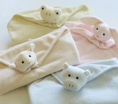 cute animal friends baby blankets easy tutorial and compares to the pricy ones sold elsewhere