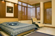luxury bedroom with blinds, Design by  Architect: Nilanjan Bhowal, New Delhi, India.