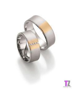 Trouwringen in palladium500/333 apricot goud. De ringen hebben een satijn matte afwerking