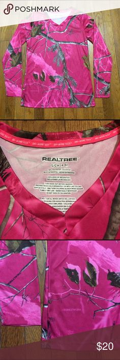 RealTree Dri More Tech Outdoor Shirt Magenta sz S Real color is in 2nd pic with close up of tag. Shoulder to bottom 24.8 in. Waist 15.5 in. Sleeve 21 in. No faults NWOT Realtree Tops Tees - Long Sleeve