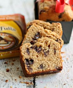 Peanut Butter and Chocolate Morsel* Snack Cakes (eg: Nestle Toll House Milk DelightFulls Chocolate Morsels with Peanut Butter Filling) Tart Recipes, Cupcake Recipes, Snack Recipes, Dessert Recipes, Snacks, Desserts, Tea Cakes, Cupcake Cakes, Cupcakes