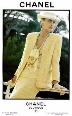 Archivos Moda: Campañas publicitarias de Chanel en los años 1980  #moda #estilo #tendencias #historiamoda #archivosmoda #fashion #style #glamour #chic #fashionstyle #trendy #chanel #photooftheday