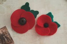 Make your own Felt Poppy for Remembrance Day by Lore Green - HOCHANDA