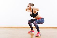 This fast 4-minute beginner weight loss workout is effective in burning serious fat, yet uses simple moves that just about anyone could do!