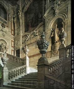 The Grand staircase, Royal Palace (Palazzo Reale), (UNESCO World Heritage List, 1997), Turin. Italy, 16th century.
