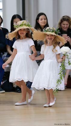 oscar de la renta spring 2018 bridal pretty flower girl dress (100) mv