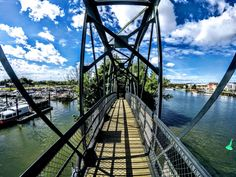 #bateau #bateau de pche #bateaux moteur #bridge railing #plate forme de bateau #pont #pont en arc 4k
