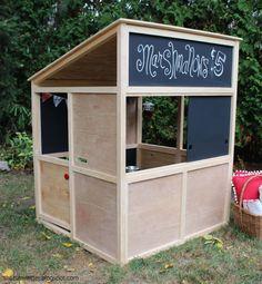 Build a Indoor Playhouse Modern Bungalow Simple Playhouse, Kids Playhouse Plans, Modern Playhouse, Kids Indoor Playhouse, Outside Playhouse, Backyard Playhouse, Build A Playhouse, Outdoor Playhouses, Playhouse Kits