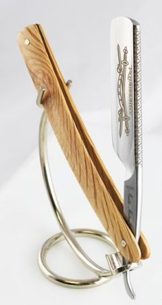 Dovo Straight Razor, every man should try one atleast once in his life