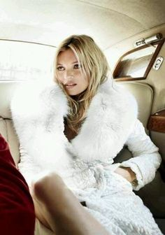 Kate Moss in a white fur coat! Fantastic photograph