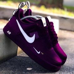 The Amazing Purple Shoes Purple Sneakers, Cute Sneakers, Purple Shoes, Sneakers Nike, Jordan Shoes Girls, Girls Shoes, Sport Outfit Damen, Souliers Nike, Cute Nike Shoes