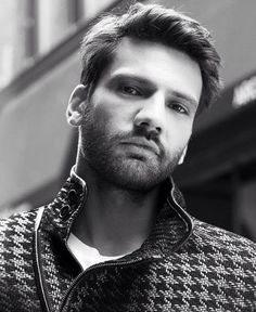-Kaan Urgancıoğlu Models and Turkısh Actor . Turkish Men, Turkish Beauty, Turkish Actors, Most Beautiful Faces, Gorgeous Men, Hot Actors, Actors & Actresses, Famous In Love, Black And White Stars