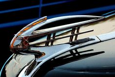 1937 Nash Hood Ornament by Rosanne Jordan Car Badges, Car Logos, Vintage Cars, Antique Cars, Automobile, Old American Cars, Car Hood Ornaments, Garage Art, Automotive Art