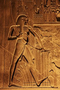 Ancient relief in Luxor temple at night, Luxor, Egypt ルクソール神殿 (by travelingmipo)