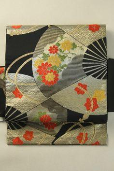Black Nagoya Obi (Rokutsu), Classic Bewitching Fan and Flower Pattern / 黒地 古典艶やかな扇花柄 六通名古屋帯   #Kimono #Japan http://www.rakuten.co.jp/aiyama/