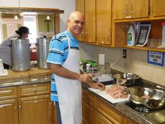 Jose Morais of Portugal prepares a meal for patrons of the Global Cafe, a ministry of the First Reformed Church of Highland Park. (Photo: ~Courtesy of Eric Nichols)