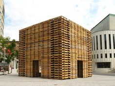 Forêt II is a temporary installation in Montreal made from 810 reclaimed shipping pallets by Justin Duchesneau and Phil Allard.