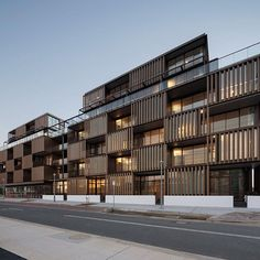Atelier, Kingston Foreshore With minimal ability to manipulate the form, ou… – Architecture is art Minimal Architecture, Concrete Architecture, Sustainable Architecture, Residential Architecture, Architecture Design, Landscape Architecture, Architecture Posters, Building Exterior, Building Facade