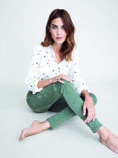Alexa Chung meets her match with this adorable multicolor print shirt and biker-inspired pants from Tommy Hilfiger Preppy Mode, Preppy Style, Her Style, Look Fashion, Fashion Models, Girl Fashion, Denim Fashion, Fashion Brand, Spring Fashion
