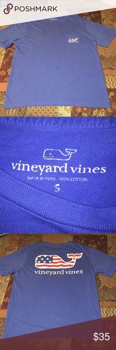 Vineyard Vines shirt💙 In good condition 💙 Vineyard Vines Shirts Tees - Short Sleeve
