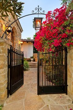 Garden Fence Gate Wrought Iron Ideas For 2019 Front Gates, Entrance Gates, House Entrance, Entrance Ideas, Driveway Gate, Fence Gate, Fencing, Tor Design, Entrance Lighting
