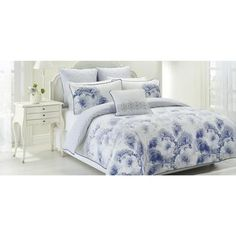 Spotlight stocks a huge range of quilt covers and quilt cover sets for king, queen, and single size beds! Transform the look of your bedroom today. Blue Bedding, Linen Bedding, Lyon, Bed Linen Australia, Single Size Bed, Quilt Cover Sets, Cool Beds, Bed Sheets, Modern Contemporary