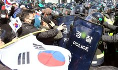 South Korea's Constitutional Court removed President Park Geun-hye from office on Friday over a graft scandal involving the country's conglomerates at a time of rising tensions with North Korea and China.: MUST TO EXECUTES PARK GUEN HYE ! NO MERCY !