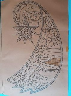 Bobbin Lace Patterns, Lace Heart, Lace Jewelry, Filet Crochet, Compass Tattoo, Lace Detail, Butterfly, Templates, Lace