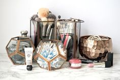Lantern jars for beauty essentials // 18 of the internet's BEST beauty storage hacks Let your inner neat-freak roam free Make Up Organizer, Make Up Storage, Hair Tie Storage, Storage Organizers, Storage Caddy, Ikea Storage, Creative Storage, Storage Room, Storage Spaces