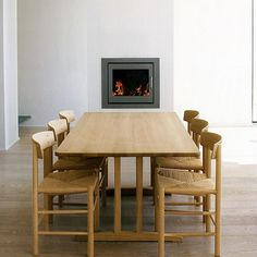 A classic set of J39 chair and a shaker table created by Danish designer Børge Mogensen in 1947/1964.