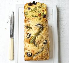 Asparagus, sundried tomato & olive loaf - Spring flavour in every bite of this savoury bake Loaf Recipes, Bbc Good Food Recipes, Cooking Recipes, Fun Recipes, Pastry Recipes, Gourmet Recipes, Recipies, How To Cook Asparagus, Asparagus Recipe