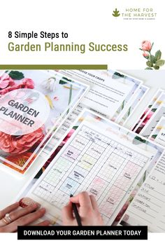 This free garden planner and super-detailed guide will help you through the whole garden planning process! Let's get your spring garden all planned out. You'll be ready to plant and enjoy a thriving garden all summer! Garden Ideas To Make, Diy Herb Garden, Organic Soil, Organic Gardening, Vegetable Gardening, Gardening For Beginners, Gardening Tips, Container Gardening, Free Garden Planner