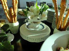 Ontem fizemos mais um chá da tarde em comemoração a um aniversário. Amo fazer chás! Acho delicado, feminino, romântico. Uma ótima oportunida...