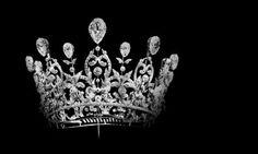 Consuelo Vanderbilt | Duchesse de Marlborough. c1896.  She choose this Boucheron diadem to make her entry into British society, it was a gift from her father William Kissam Vanderbilt.