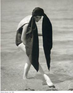 Martin Munkacsi: Harpers Bazaar, July, 1962