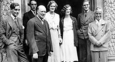 Winston Churchill alongside his family and actor Charlie Chaplin