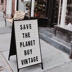 save the planet buy vintage Sustainable Living, Sustainable Fashion, Sustainable Textiles, Sustainable Gifts, Hand Quotes, Vintage Quotes, Second Hand Clothes, Second Hand Shop, Save The Planet