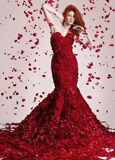 dresses of flowers, платья из цветов