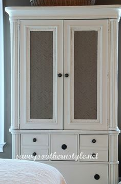 In Love With This Armoire Makeover! (tutorial) Love this look for the armoire in our room!