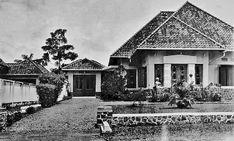 Woning aan het Tjibeunjing Plantsoen nr. 33 te Bandoeng. 1930