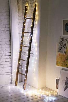 urban outfitters battery powered string lights - come in different styles, perfect for the dorm