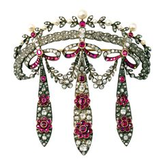1stdibs.com   Diamond and ruby corsage brooch-circa 1880-so much detail and craftsmanship, amazing!
