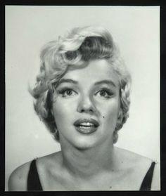 Marilyn Monroe by Halsman, 1954