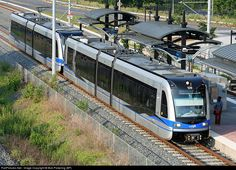 RailPictures.Net Photo: CATS 109 Charlotte Area Transit System (CATS) Siemens S70 LRV at Charlotte, North Carolina by Bob Pickering (BP)