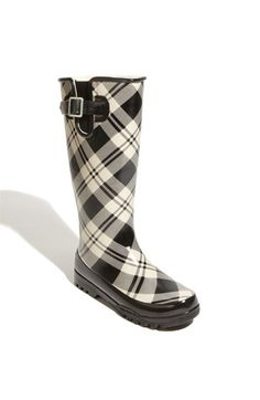 Wellies in black and white