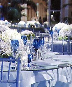 My wedding table inspiration :) We already have the blue glasses and hydrangeas