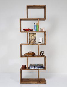 Libreria colonial cubos rectangulares   Material: Madera de Sesamo   Estanteria con estilo que cuenta con una forma distintiva, en forma de zigzag que le confiere un toque muy alegre. Muy versatil. Laca al agua... Eur:467 / $621.11