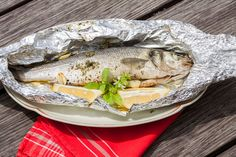 If you're baking fish, roasting vegetables or preparing a piece of meat for dinner tonight, chances are that you'll wrap your food in aluminium foil ...
