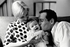 Joanne Woodward, Paul Newman and Daughter Nell | NYC, 1959