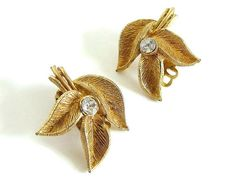 Gold Leaves Clip On Earrings Vintage Jewelry by bytheway on Etsy